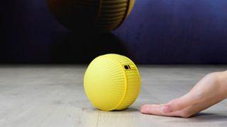 [CES 2020] Samsung ra mắt robot điều khiển nhà thông minh, thiết kế giống bóng tennis