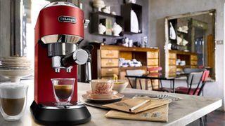 10 hãng máy pha cà phê mini dùng đi du lịch, gia đình, văn phòng nhỏ
