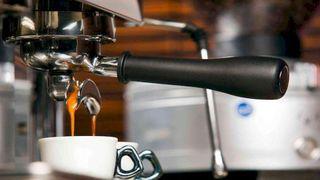 3 loại máy pha cà phê bền đẹp dễ sử dụng trong gia đình hoặc văn phòng