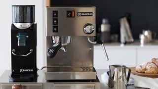 5 thương hiệu máy pha cà phê Ý nổi tiếng được ưa chuộng