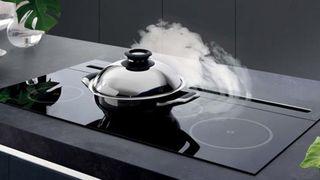 Cách sử dụng bếp từ an toàn, chống cháy nổ