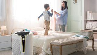 Có nên dùng máy lọc không khí cho trẻ em và trẻ sơ sinh không?