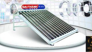 Máy nước nóng năng lượng mặt trời Tân Á Đại Thành của nước nào? Có tốt không?