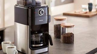 Máy pha cà phê là gì? Có những loại nào?