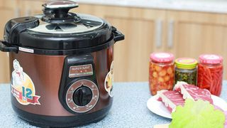 Tại sao nên mua nồi áp suất điện đa năng cho bếp gia đình