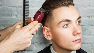 Tông đơ cắt tóc là gì? Có bao nhiêu loại và hoạt động như thế nào?