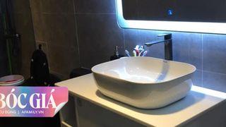"""Phòng tắm nhỏ được chăm chút tỉ mẩn với chi phí đẹp """"bất ngờ"""" của vợ chồng trẻ ở Vũng Tàu"""