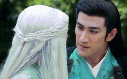 """Tai nạn makeup chết cười trong phim Hoa ngữ: """"Trúng độc"""" đến trắng môi, bệch mũi chỉ vì… hôn bạn diễn mặt bự phấn"""