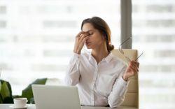 4 nguyên nhân khiến bạn bị đau đầu khi có kinh