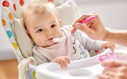 Cách làm sữa chua từ sữa mẹ vừa ngon vừa bổ, bé ăn thích mê