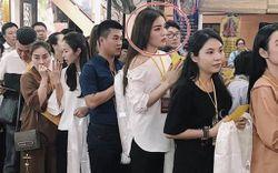 """Không chỉ có Minh Tú, Chi Pu chọn đồ đi chùa không phù hợp, nhiều sao Việt cũng nhận """"mưa gạch đá"""" từ netizen vì vấn đề này"""