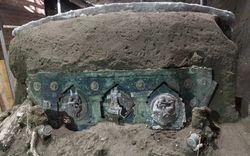 Cỗ xe ngựa nguyên vẹn sau 2.000 năm