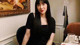 """Học Taeyeon cách mặc đẹp từ nhà ra phố, ăn diện đơn giản mà trẻ xinh thế này bảo sao chị cứ làm """"mỹ nhân không tuổi"""" hoài"""